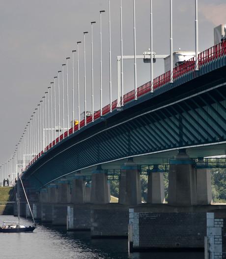 Haringvlietbrug vanaf vanavond deels dicht voor werkzaamheden