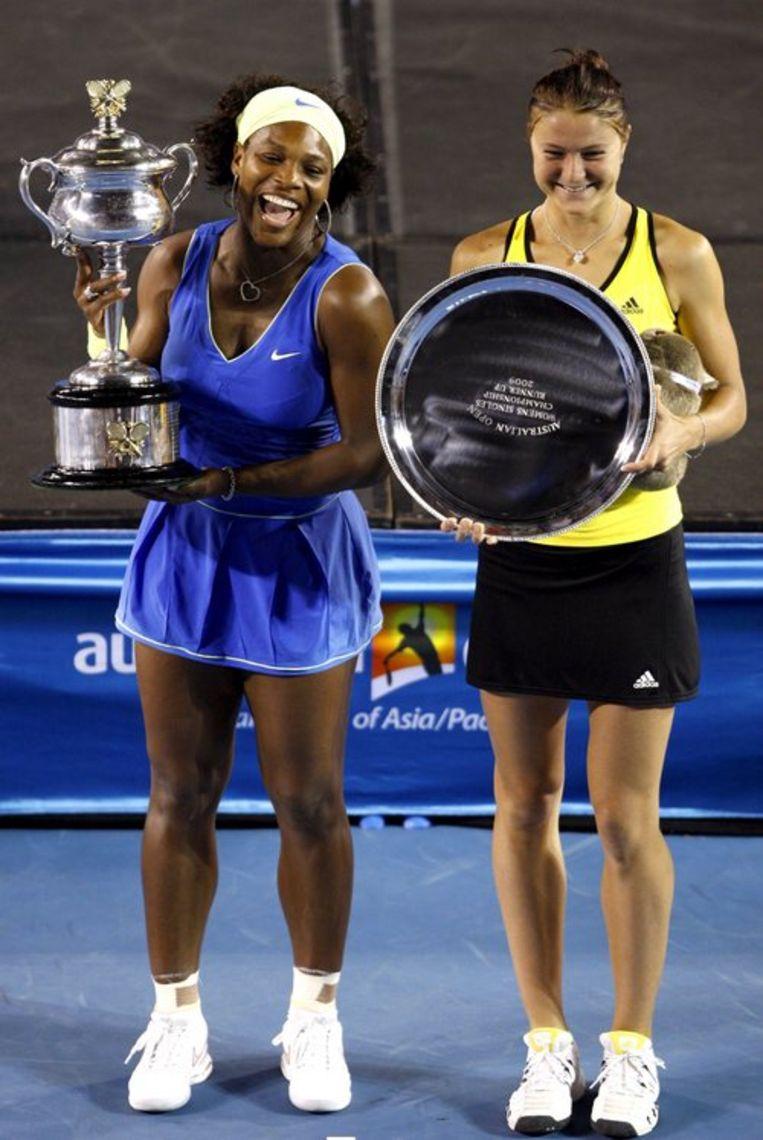 Dinara Safina (rechts) had geen schijn van kans in de finale van de Australian Open. Foto EPA/Mast Irham Beeld