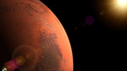 Studie berekent hoeveel mensen we naar Mars moeten sturen om planeet (succesvol) te koloniseren