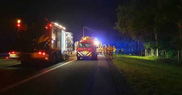 Man uit Almelo overleden na eenzijdig ongeval op A35 bij Borne.