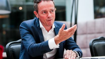 """Tim Pots, onze analist voor arbitrage en VAR, heeft bedenkingen bij 'vernieuwing': """"De beste ref is niet de beste VAR"""""""