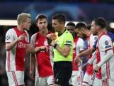 Negenkoppig Ajax speelt gelijk in krankzinnig duel met acht goals