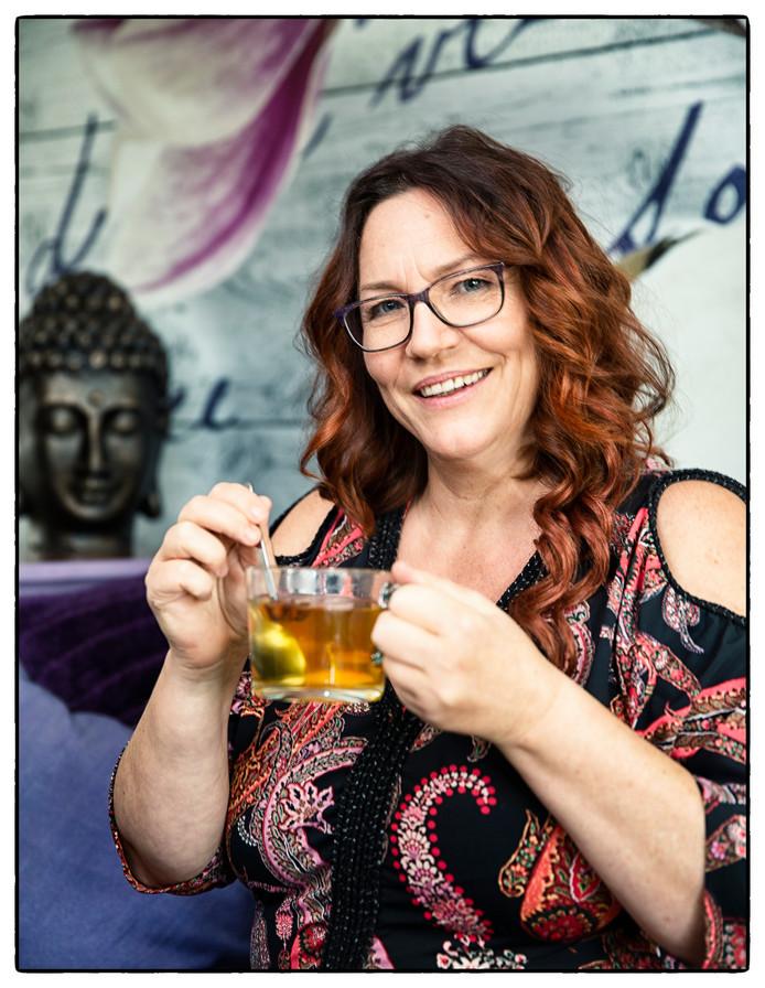 Annet Furnemont drinkt nu thee in plaats van alcohol.