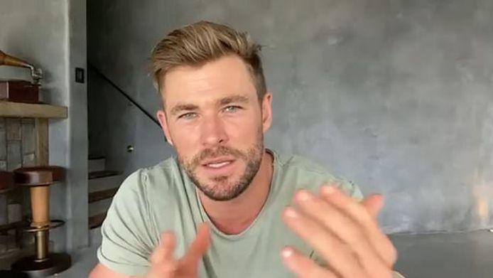 """L'acteur australien propose des cours de méditation sur son appli de fitness """"Centr""""."""
