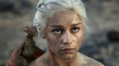 'Game Of Thrones'-actrice Emilia Clarke laat haar draken vereeuwigen in tattoo