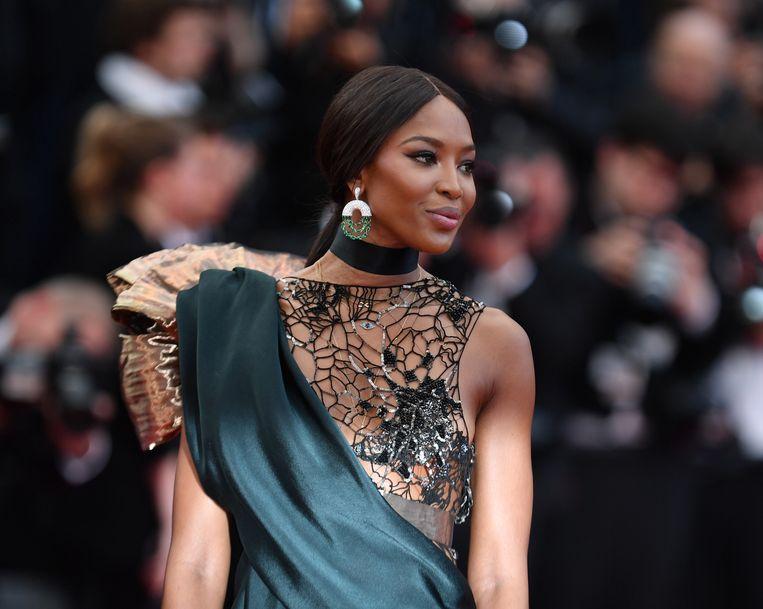 Naomi Campbell, hier op het Filmfestival van Cannes eerder dit jaar, heeft haar eerste grote beautycampagne vast.