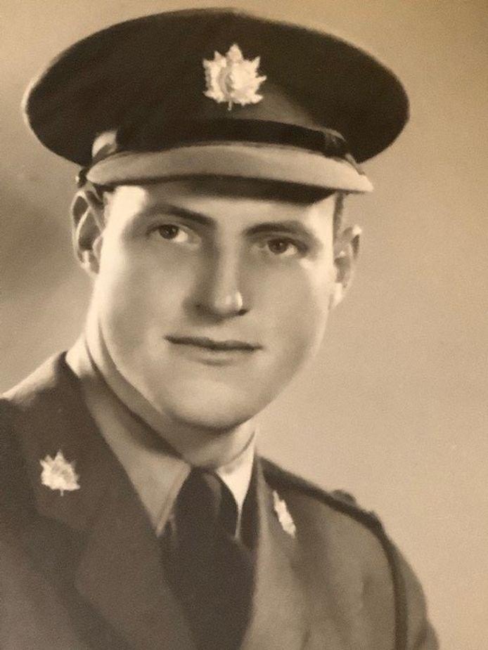 Luitenant John Gordon Kavanagh.