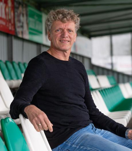 Oud-keeper Luuk Drost kijkt graag vanaf de zijlijn bij SC Genemuiden
