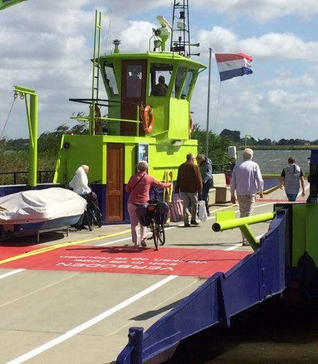 Pont naar Tiengemeten vaart weer: 'Er mogen weer bezoekers naar het eiland komen'