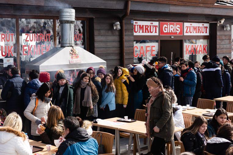 De gemeente subsidieert schoolreisjes naar de sneeuw. Beeld Katja Poelwijk