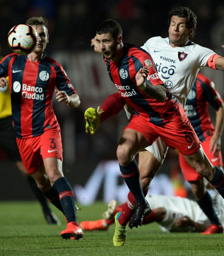 Feyenoord gelooft in komst Argentijnse verdediger Senesi