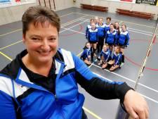 Clubhelden: Van coach tot chef oliebollen, Jolanda Maas uit Vessem doet alles met plezier