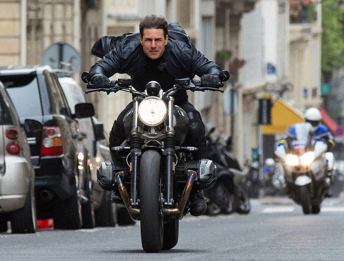 "Tom Cruise lors du tournage de ""Mission impossible 6"""
