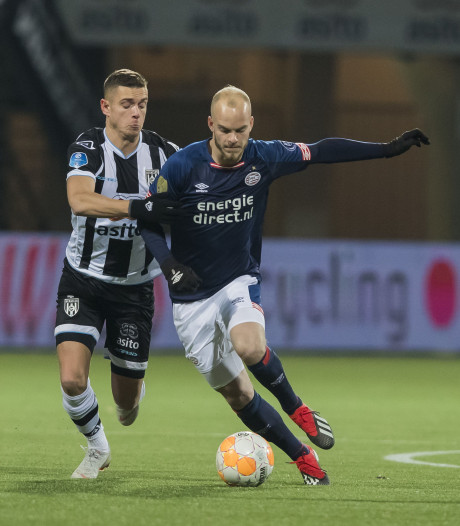 Jonge PSV-veteraan Hendrix blijft nuchter: 'Gewoon deze lijn doortrekken'