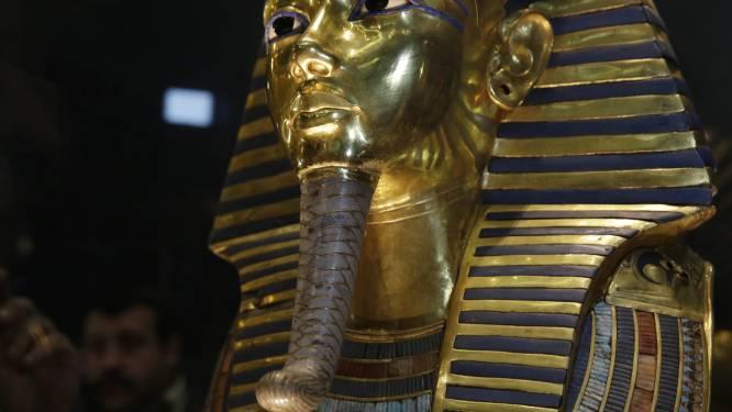 Museum erkent dat baard Toetanchamon stuk was