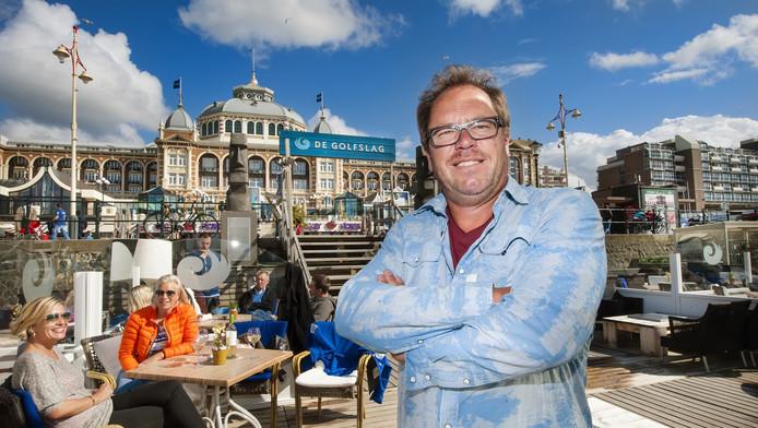 Guido Venema, de eigenaar van strandtent De Golfslag