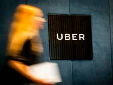 Chauffeurs Uber staken voor het hoofdkantoor