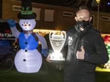 Dankzij Emiel en zijn carnavalsvrienden is Heino één grote lichtshow: 'Was bang voor een saaie kerst'