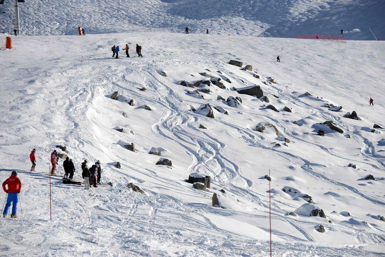 Op dit rotsachtige stuk tussen twee skipistes zou Schumacher ten val zijn gekomen in december 2013.