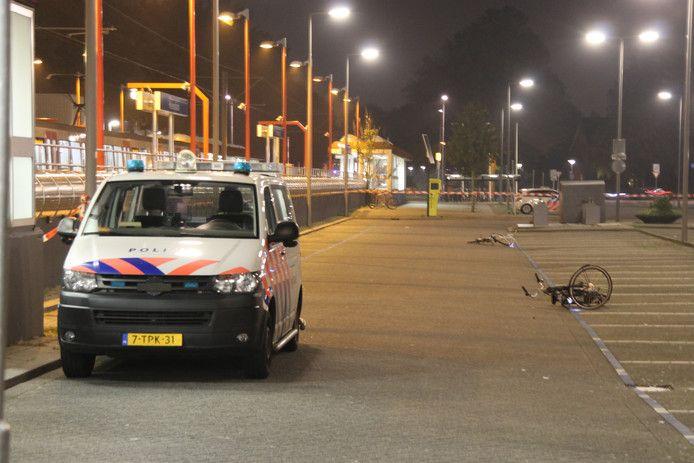 De politie bij het metrostation Hesseplaats