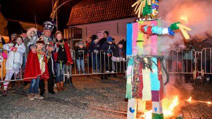Carnavalisten nemen afscheid met popverbranding