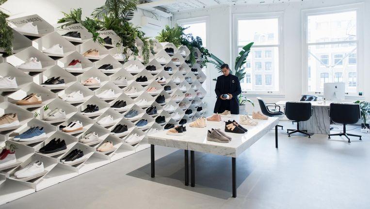 Sneakers in de kluizen van een Franse bank   Het Parool