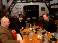 Restaurant De Veldhoeve in Epe is herrezen uit het water