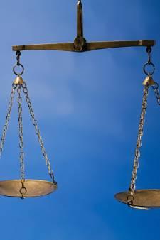 Wijkagent in Tholen verdacht van lekken en handel in erectiepillen