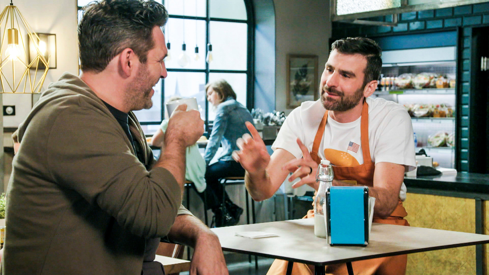 Zjef (Jan Van den Bosch) biedt nu ook veganistische broodjes aan in de Foodbar.