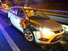 Automobilist ramt vrachtwagen van achter op A67 bij Veldhoven