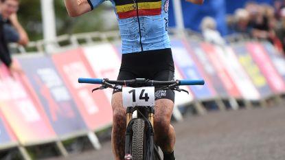 """Michiels fietst op haar 35ste naar brons: """"Ongelooflijk"""""""