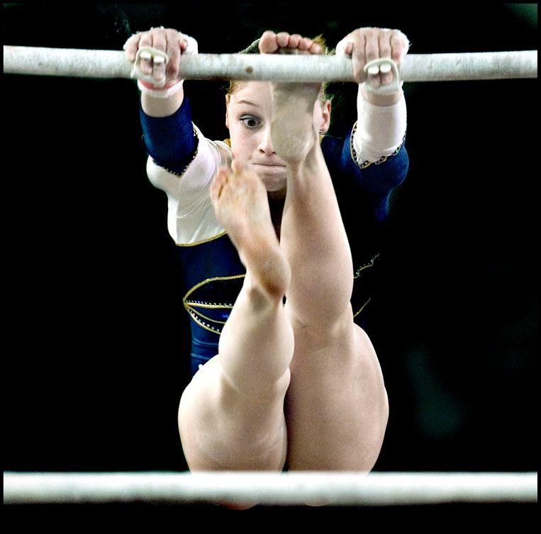 Stephanie Tijmes op de EK turnen in 2007. Beeld Klaas Jan van der Weij