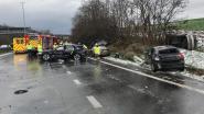 """Kettingbotsing met acht voertuigen op E314 bij Leuven: drie kilometer file, """"vermijd omgeving"""""""