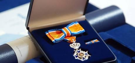 Trouwe dienst beloond: dertien brandweerlui Heusden krijgen lintje