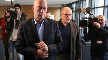Nadat hij met hulp van extreemrechts werd verkozen: familie nieuwe minister-president Thüringen bedreigd en bespuugd