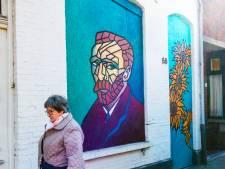 Straatbeeld: Vincent weer thuis op de Korvelseweg