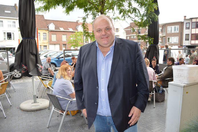 Guy D'haeseleer is enorm blij met de eerste resultaten van zijn partij in Ninove.