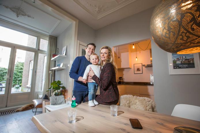 Jennifer en Jurgen Zwart verhuizen, want ze willen een voor- en achtertuin voor dochter Sophie.