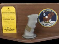Stuurknuppel van astronaut Armstrong uit 1969 geveild voor 324.000 euro