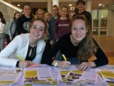 Scholieren CSW  Middelburg schrijven steunbetuiging voor leeftijdgenoten die worden vervolgd