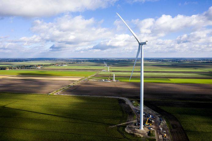 In Nederland worden steeds meer windmolens gebouwd. Maar ook in Duitsland zijn er plannen. Zoals bij de grens bij Kloosterhaar, waar ze als het aan de Duitse windmolenbouwer Nordhorner Versorgungsbetriebe (NVB) ligt moeten komen.