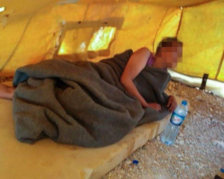 De Nederlandse Chadia die zich bij IS aansloot, in kamp Al-Hol in Syrië. Beeld Privébeeld