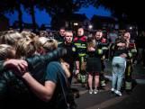 Publiek omarmt brandweermannen in Oss
