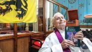 Cyriel (99) brengt boek uit: 'Het Nederlands in Sint-Omaars door de eeuwen heen'