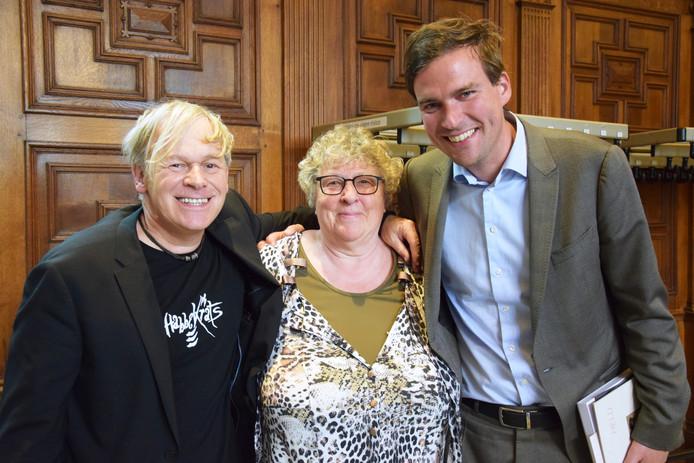 Chris Van Lysebetten met Mieke Van Hecke en Mathias De Clercq.