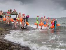 Zwemtocht Stavenisse-Sint-Annaland dreigt in het water te vallen