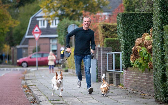 Dankzij zijn nieuwe nier is Barnevelder Dirk Kap weer terug van weggeweest.