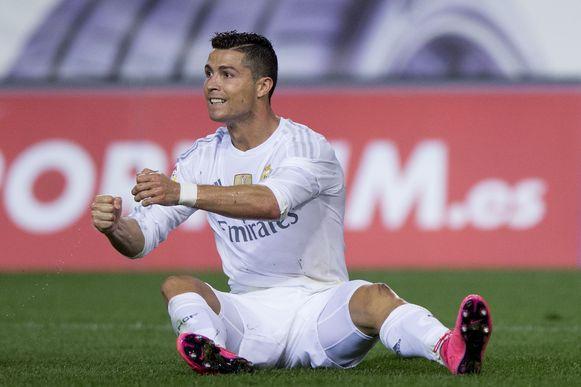 Cristiano Ronaldo is onbetwistbaar, maar als het moet dan zet Benítez hem op de bank