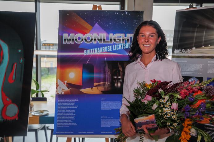 Valerie van Zuijlen heeft met haar lichtshow vanaf de maan de Foederer Talent Award gewonnen.