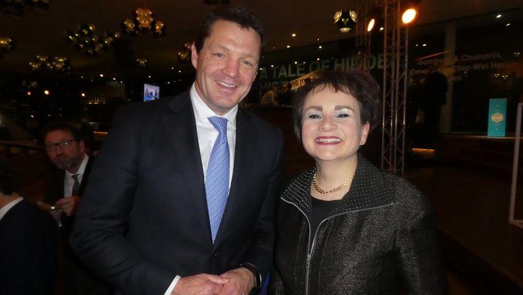 KLM-baas Pieter Elbers en GVB-baas Alexandra van Huffelen. Elbers: `We hebben het net over het doortrekken van de Noord/Zuidlijn.` Beeld Hans van der Beek